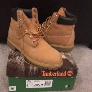 Fresh Tim's! Classic wheat color